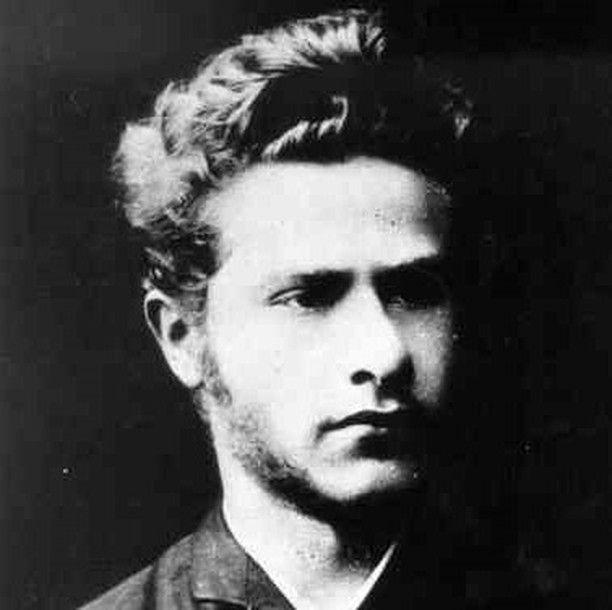 On this day 10 March 1919 Polish-German communist Leo Jogiches was murdered in Berlin while trying to investigate the killings of Rosa Luxemburg and Karl Liebknecht. Karl and Rosa had been killed earlier that year by the right-wing paramilitary Freikorps who had been tasked with crushing a working class uprising by the social democratic government. Leo who was a former lover of Luxemburg was also arrested by the Freikorps tortured and then killed. . . . #history #tdih #onthisday…