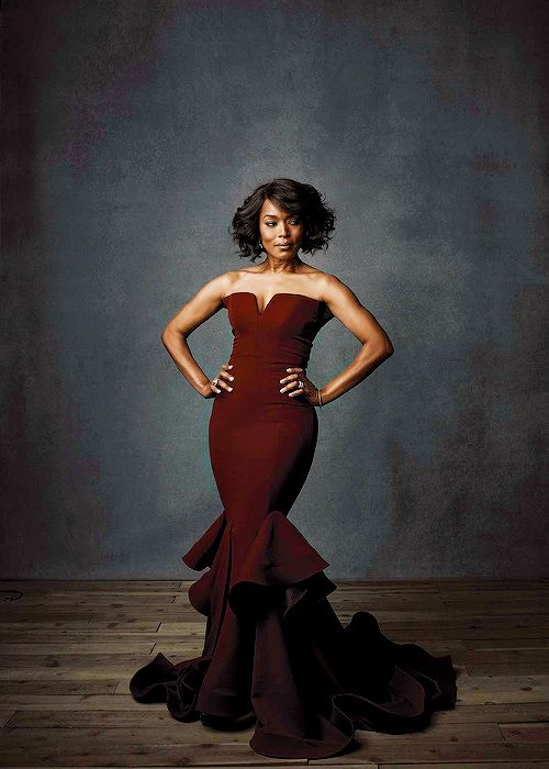 celebritiesofcolor:Angela Bassett photographed by Steve Schofieldslay on auntie Angela!!!