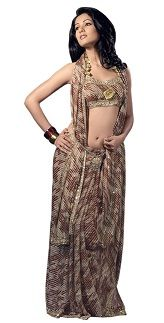 If you want your #traditional #saree #sari wear to give you a #western look ,then this is the best way to wear.