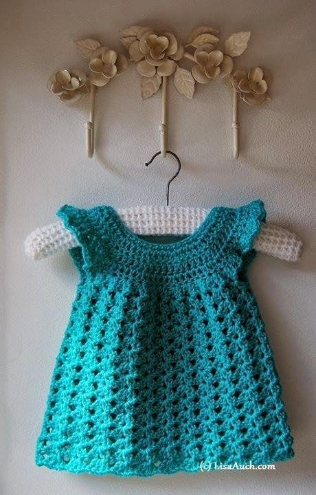 Free Baby Dress Crochet Pattern | I love knitting baby things because it's so quick to finish a project. For more easy and free baby knitting ideas, head to http://www.sewinlove.com.au/category/knitting/