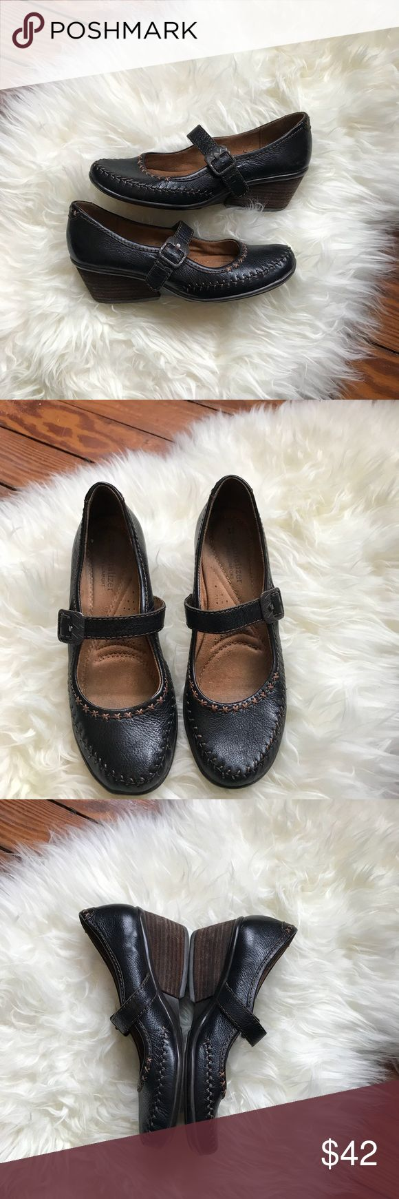 Naturalizer Pebbled Leather Wedge Mary Jane Flats Naturalizer Pebbled Leather Wedge Mary Jane Flats. Size 7. Brown in color. Very EUC. Naturalizer Shoes Flats & Loafers