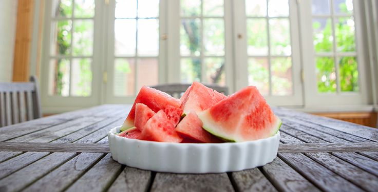 Nothing tastes better than slicing open a fresh, juicy watermelon or honeydew melon to satisfy your taste buds. And there are amazing Health Benefits of Melons too! From @vegateam ...