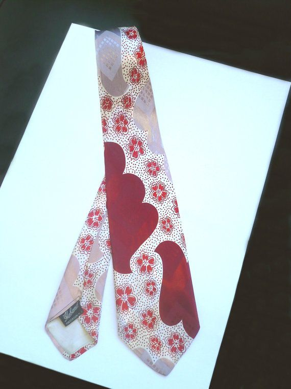 HABAND HEARTS FLoWERS Vintage 1940 Swing TIE par FeverVintage