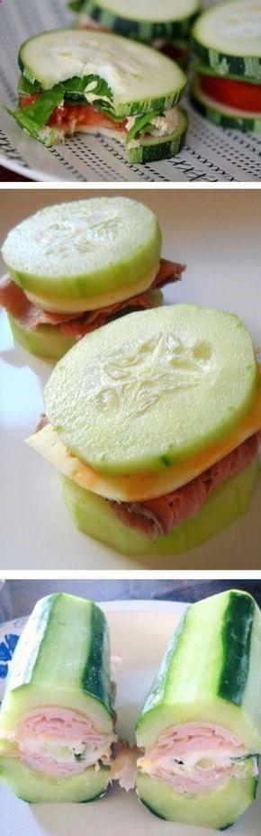 Frescos bocados de pepino rellenos con queso, tomate, lechuga, jamón y demás.http://www.upsocl.com/comida/65-exquisitas-recetas-que-tienes-que-preparar-si-estas-intentando-comer-menos-carbohidratos/