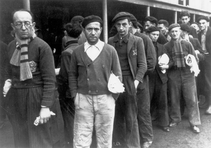 Holocaust History - Murder of the Jews of Western Europe - Yad Vashem. Drancy, France, December 3, 1942, Jews in the transit camp  Yad Vashem Photo Archives 5494/22