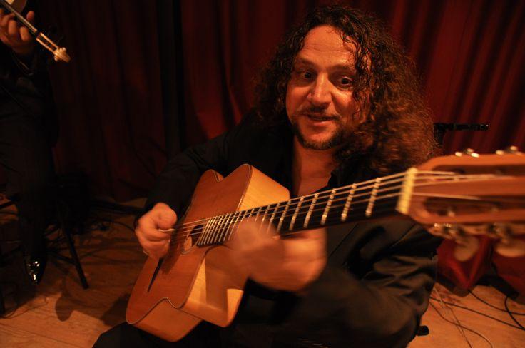 Claudio Della Corte, le virtuose de la #guitare! @Trinquefougasse #programme #musique #concert #Montpellier http://www.trinquefougasse.com/