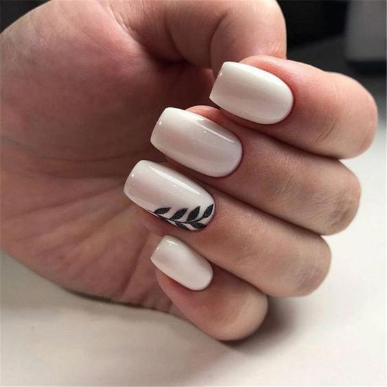 CLASSIC FASHION MANICURE IS STILL POPULAR IN 2019 – Page 37 of 47 – Beauty