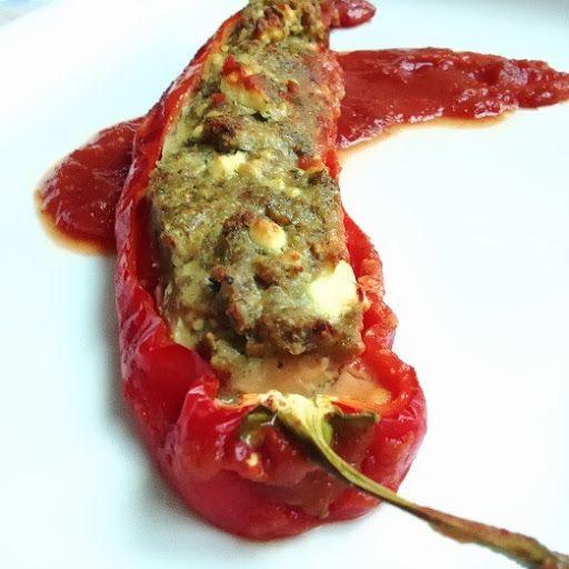 gefüllte Spitzpaprika mit Hack & Schafskäse