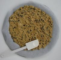 DELICIOUS...best cookie cake recipe i've ever used
