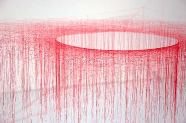 Akiko Ikeuchi  [knotted silk thread]