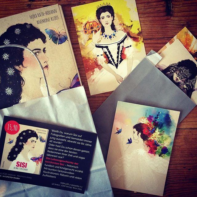 vorbereitungen für das #buchquartier in wien.    besucht uns auf dem markt für kleine unabhängige verlage!    31.10. & 1.11.2015 @mqwien   #wien #vienna #buchmesse #independentverlag #sisikinderbuch #postcards #kaiserinelisabeth #sissi