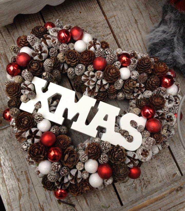 A közösségi oldalra tette föl Mizsei Dorottya (Laura Virág - Bp. Király utca) az általa készített dventi, karácsonyi díszeket. Érdemes...