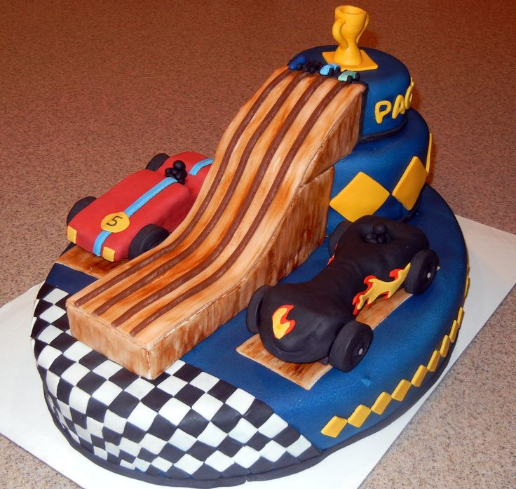 pinewood derby cake ideas