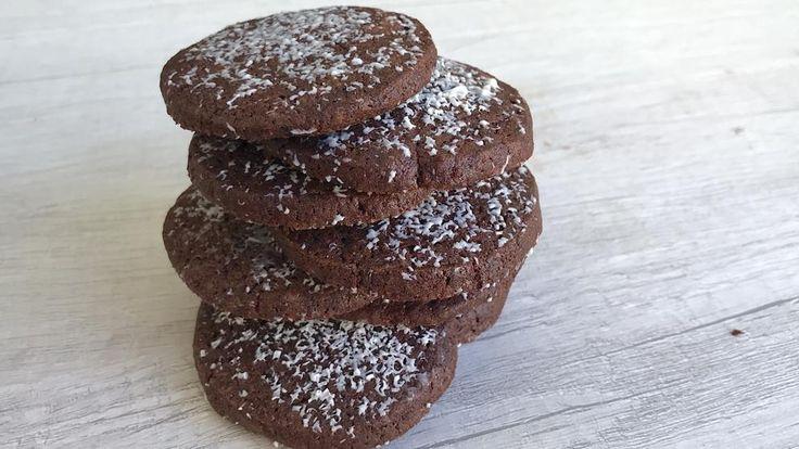La moda actual de las cookies, esas galletas que combinan una base de mantequilla y azúcar moreno con chispas de chocolate, puede que no sacie a todo el mundo. Los más golosos que siempre quieren más...