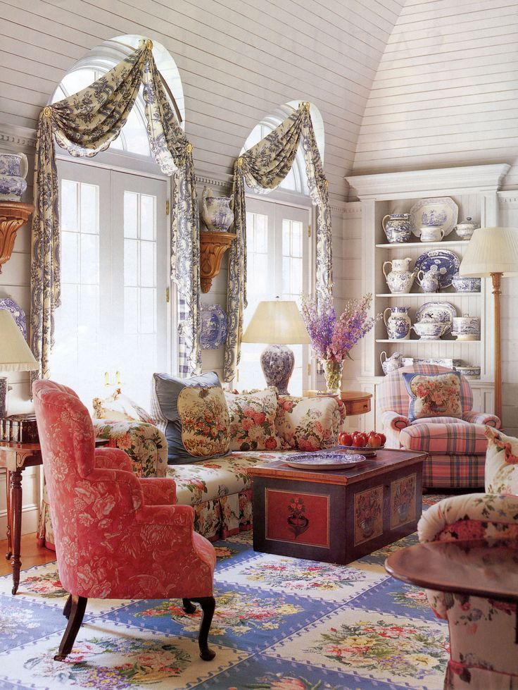 interior by Diamond & Baratta, after Sister Parrish