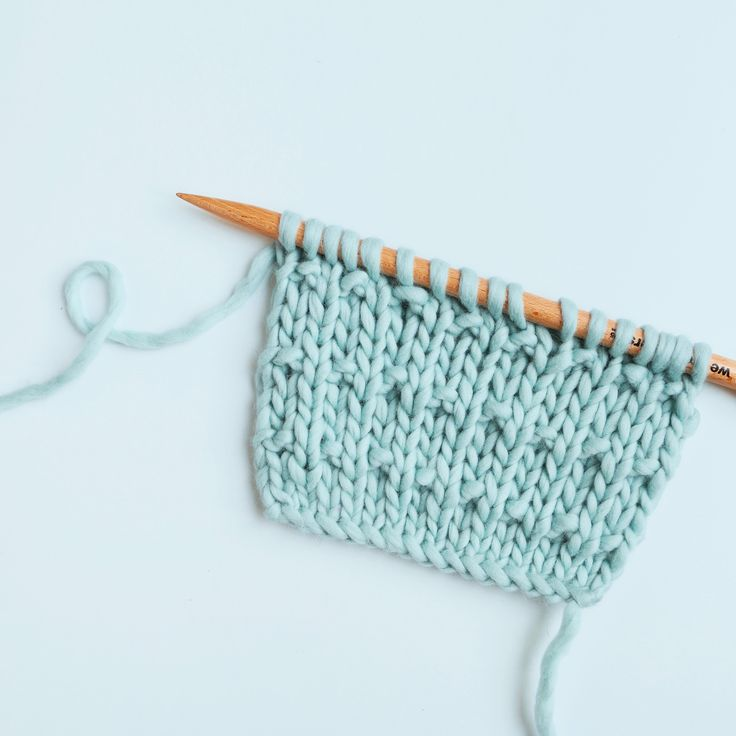 Le point andalou simple - andalusian stitch - fleck stitch
