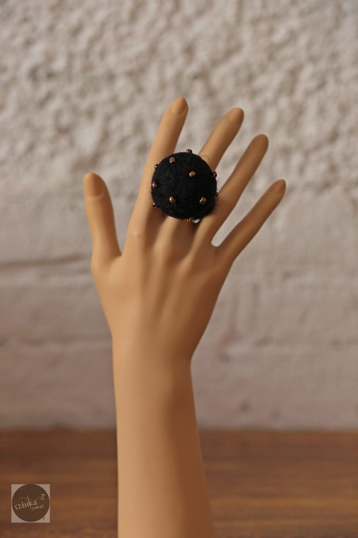 black felted ring
