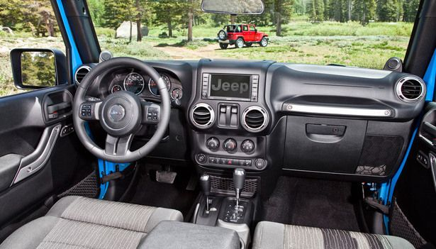 2016 Jeep Wrangler - interior