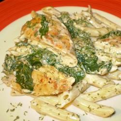Chicken Pesto Florentine - this recipe tastes really great for how easy it is!