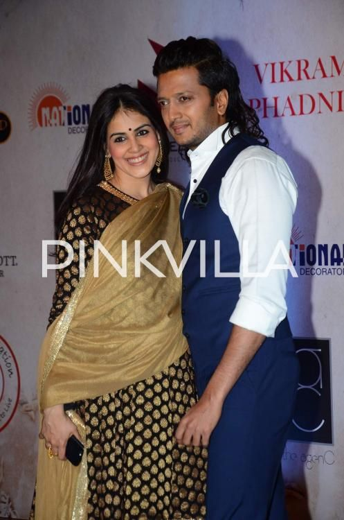 Genelia spotted with an evident baby bump at Vikram Phadnis's silver jubilee celebrations! | PINKVILLA