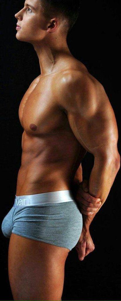 gay di colore muscle male escort