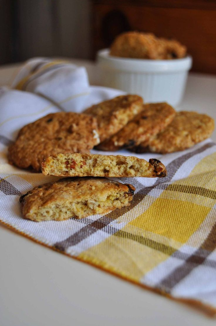 Questa ricetta fa parte delle cosidette ricette sane e salutari, da preparare rigorosamente homemade. le bacche di goji poi danno a questi biscotti una carica energetica e antiossidante. Non hanno…