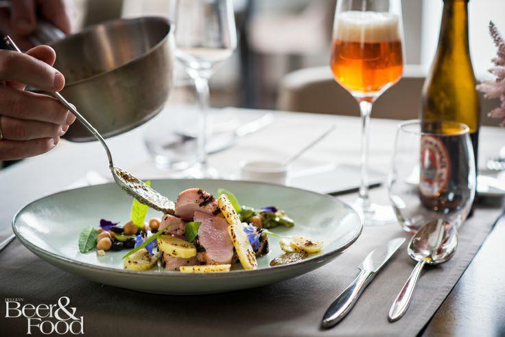 saison de pipaix/Pipaix vs. suckling pig-mustard-fresh bean salad pic by Rob Mitchell #BelgianBeerandFood