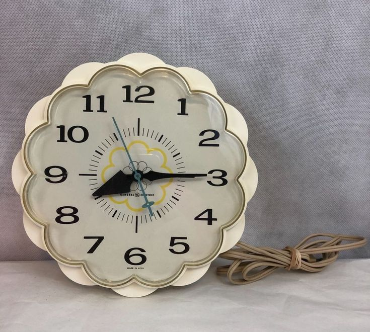 General Electric Daisy Vintage Wall Clock Mode 2150 Collectible | Collectibles, Clocks, Vintage (1930-69) | eBay!