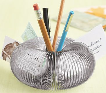 Slinky Pencil/pen Holder