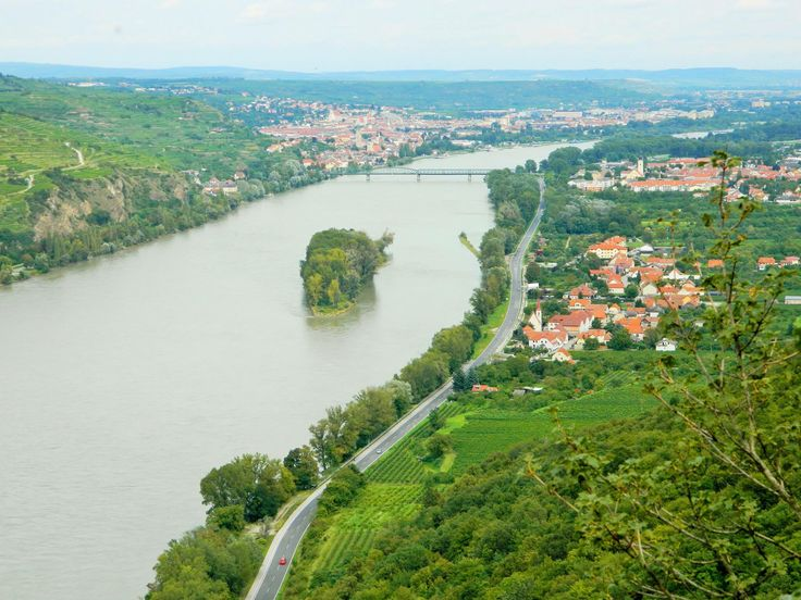 Photo I took of the blue Danube (Donau) river