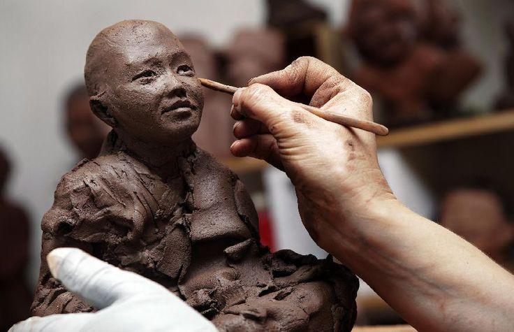 Corinne Chauvet - Sculpture - Terre, Céramiques Albi - Accueil
