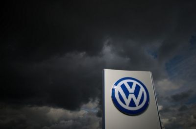 Suvvia, romanziamola un po' questa storia delle auto tedesche che dovevano essere le più verdi del mondo e si sono scoperte taroccate. Im...