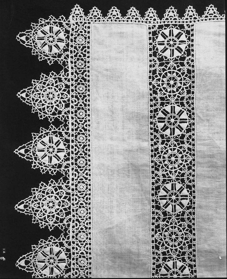 Reticella lace towel | Museum of Fine Arts, BostonReticella lace towel  Italian 16th century (design), 17th century (work)  DIMENSIONS 72 x 162 cm (28 3/8 x 63 3/4 in.); Legacy dimension: 1.62 x .72  ACCESSION NUMBER 07.855  MEDIUM OR TECHNIQUE Linen; lace, point