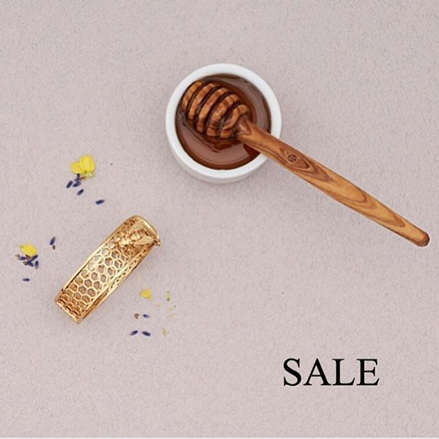 ✨ Happy Fri-yay! ✨ Its #payday & the weekend so we've added even more to our #sale with up to 70% off too!  ✨  #BillSkinner #BeeJewellery #Honey #FridayFeeling