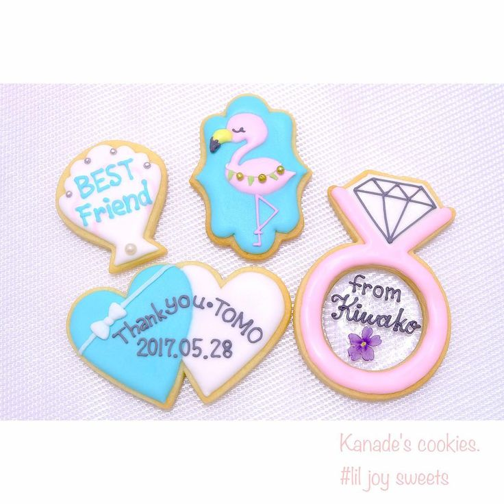 ����Wedding gift���� オーダーいただきました☺️ . 夏仕様の爽やかなデザインです✨���� とっても友達思いなお客様で、 心のこもったメッセージをたっぷりお入れした素敵なギフトになりました☺️�� . 素敵なオーダーありがとうございました!✨ . 自由にメッセージをお入れできる これはアイシングクッキーの良い特徴です!�� ぜひ、日頃の感謝なんかもこうやってアイシングクッキーにして大切な人に贈ってみてはいかがでしょうか?���� オススメです✨ . #icingcookies #decoratedcookies #royalicing #icing #sweets #instacookies #gift #present #wedding #happy #アイシングクッキー #スイーツ #ロイヤルアイシング #ギフト#プレゼント #オーダーメイド #プレ花嫁 #お菓子 #liljoysweets #ウエディングギフト #結婚式 #weddinggift #フラミンゴ #ティファニー風 #tiffany風 #シェルクッキー…