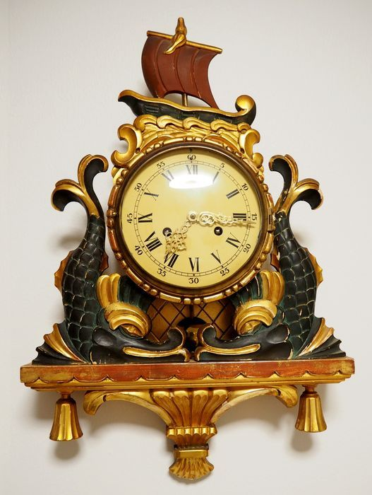 Currently at the #Catawiki auctions: Swedish Gold plated hand carved wood wall clock - XXth century, 1st half .