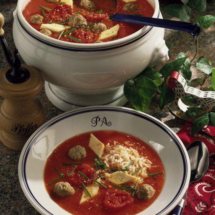 Tomatensuppe mit Hackklößchen Rezept