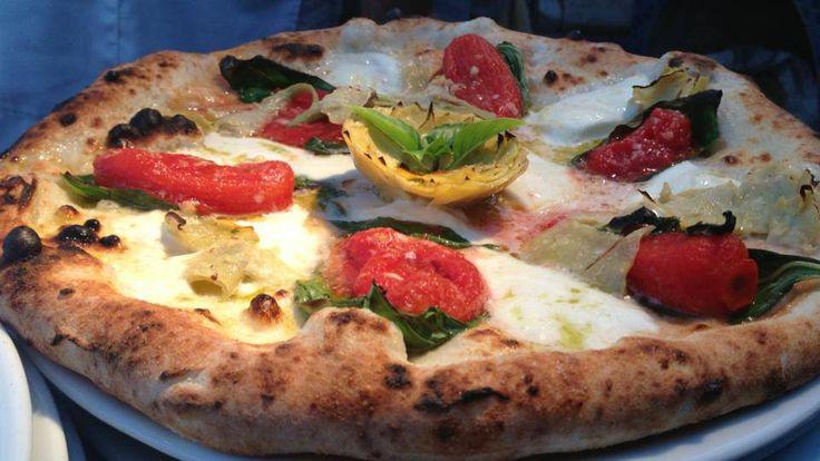 Pizza San Marzano con carciofi  | Verace Pizza Napoletana  | Marechiaro Pizza Mykonos