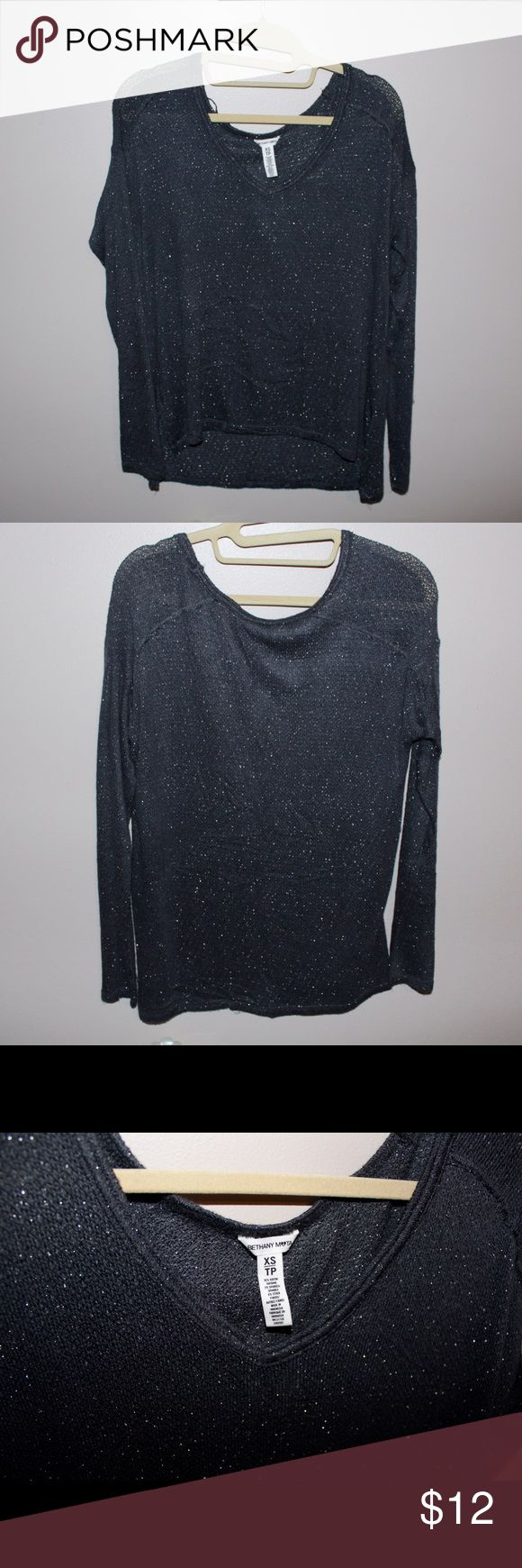 Bethany Mota Collection Gray Long Sleeve Cute Top Only worn once! I kinda gained weight lol it fit nicely as a S and M as well because of the stretch. So soft :3 glittery specks but not too big. First picture from online just so I can show what it looks like on !! Aeropostale Tops Tees - Long Sleeve