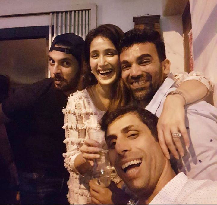 Yuvraj Singh and Ashish Nehra with newlywed Zaheer Khan & Sagarika Ghatge on Chrismas eve - http://ift.tt/1ZZ3e4d