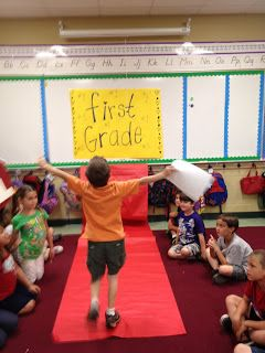 Our Last Day in Pictures- Roll out the red carpet...I mean butcher paper!!!  Over 30 Free Candy Awards- color and black and white AND free minute to win-it games for the last day of school.  {already modified for little ones!!!}