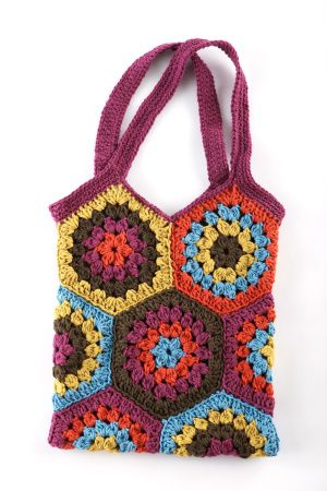 We love this Hexagon Market Bag to crochet. Five bold shades of Kitchen Cotton work together to make this adorable, functional and trendy bag.