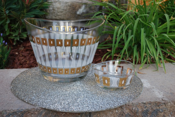 Fred Press Glassware | Vintage 1950s Fred Press Glass Salad Bowl / Chip and by samjams3