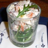 Dit heerlijk hapje met gerookte paling is op verschillende manieren te serveren….