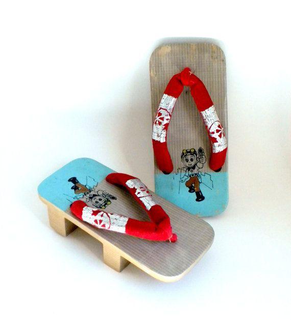 Japanese Geta Sandals Anime Design 7 inches by BunnyFindsVintage