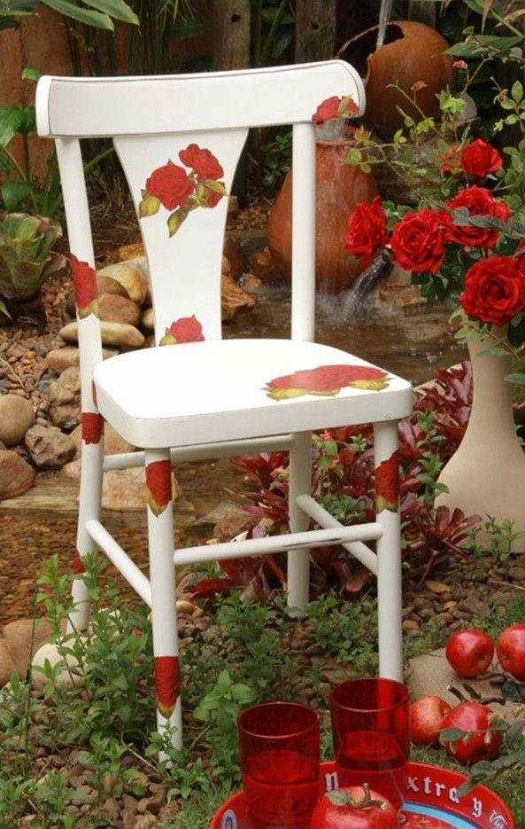 Marvelous Rosas Vermelhas   Decoupagem Cadeira   Adorei !