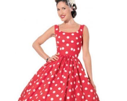 Robe vintage, avec une jupe de grand volume, le patron et tutoriel sont téléchargeables sur le site Sew mag (après inspription sur le site) Ce modèle est disponible de la taille UK 8 à 16. ( voir guide des tailles ). Une jolie robe pour aller danser !...