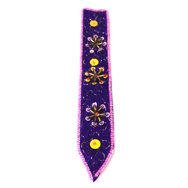 Embellished Bookmark-£2 #prettytwisted #stationary #bookmark http://prettytwistedonline.co.uk/product/embellished-bookmark-10/