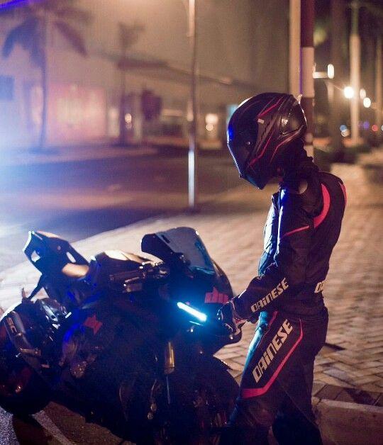 #Dainese #LeatherBiker with #Yamaha R1