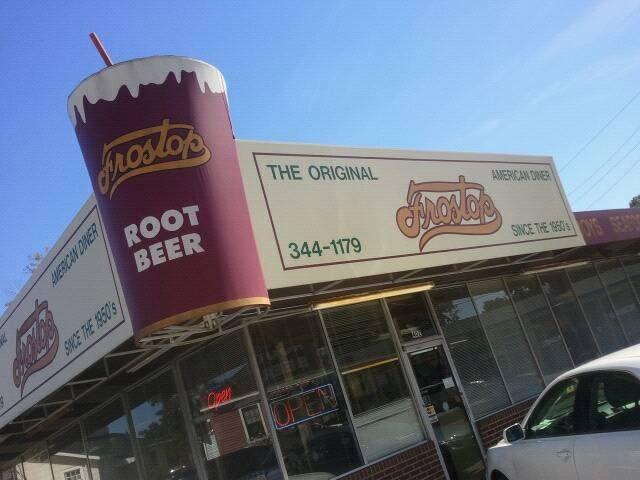 Frostop Restaurant in downtown Baton Rouge, LA. :D